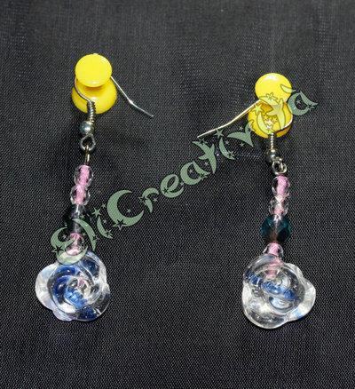 Orecchini con perline e rose