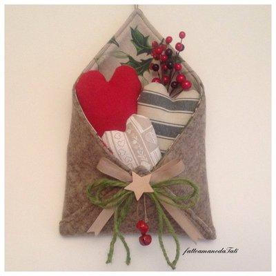 Busta in lana cotta love letter con cuori imbottitti