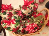Cuoricino di stoffa con decori natalizi