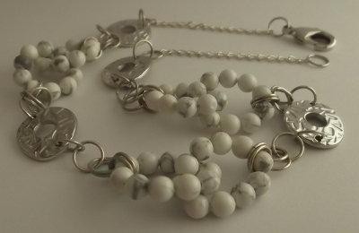 Collana di perle di aulite e links argentati