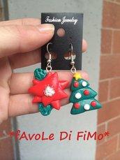 Orecchini natalizi con stella e albero di natale