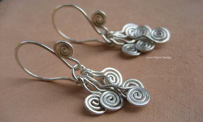 Piccoli Orecchini in Argento 925 con Spirali. Interamente Fatti a Mano. Sterling Silver Earrings with Spirals. Handmade. Spedizione Gratuita.