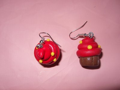 orecchini cupcake rossi in fimo