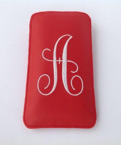 Custodia personalizzata per Iphone 5 in ecopelle e feltro colore rosso.