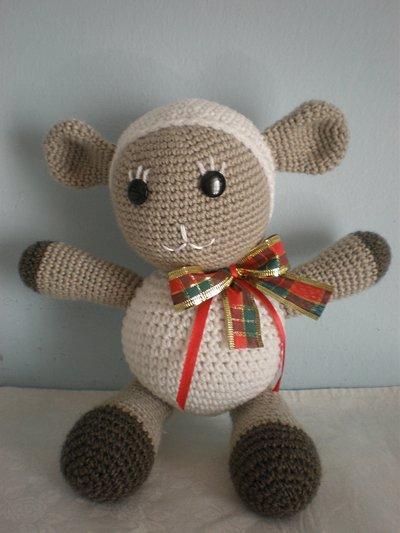 pecorella natalizia amigurumi