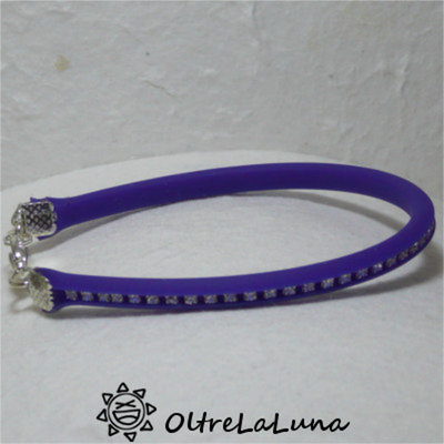 Bracciale in silicone bluette e strass crystal