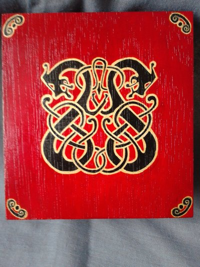 Portagioie in legno di soggetto vichingo