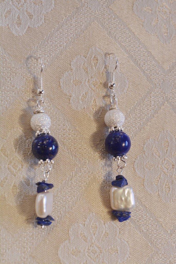 Orecchini con lapis e perle naturali