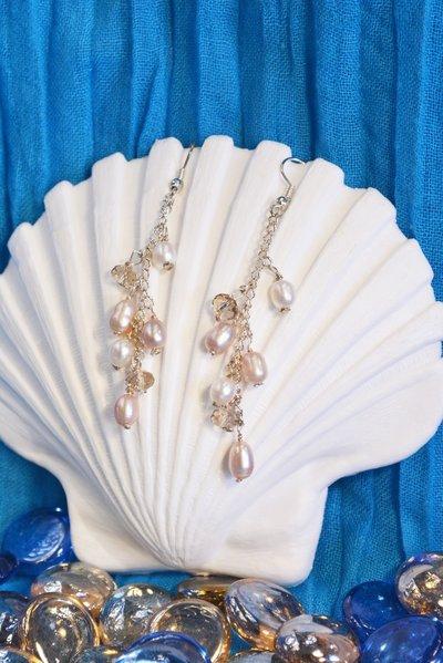 Orecchini con perle e cristalli fumé