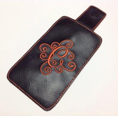 Custodia personalizzata per Iphone 6 in ecopelle nero e feltro arancione