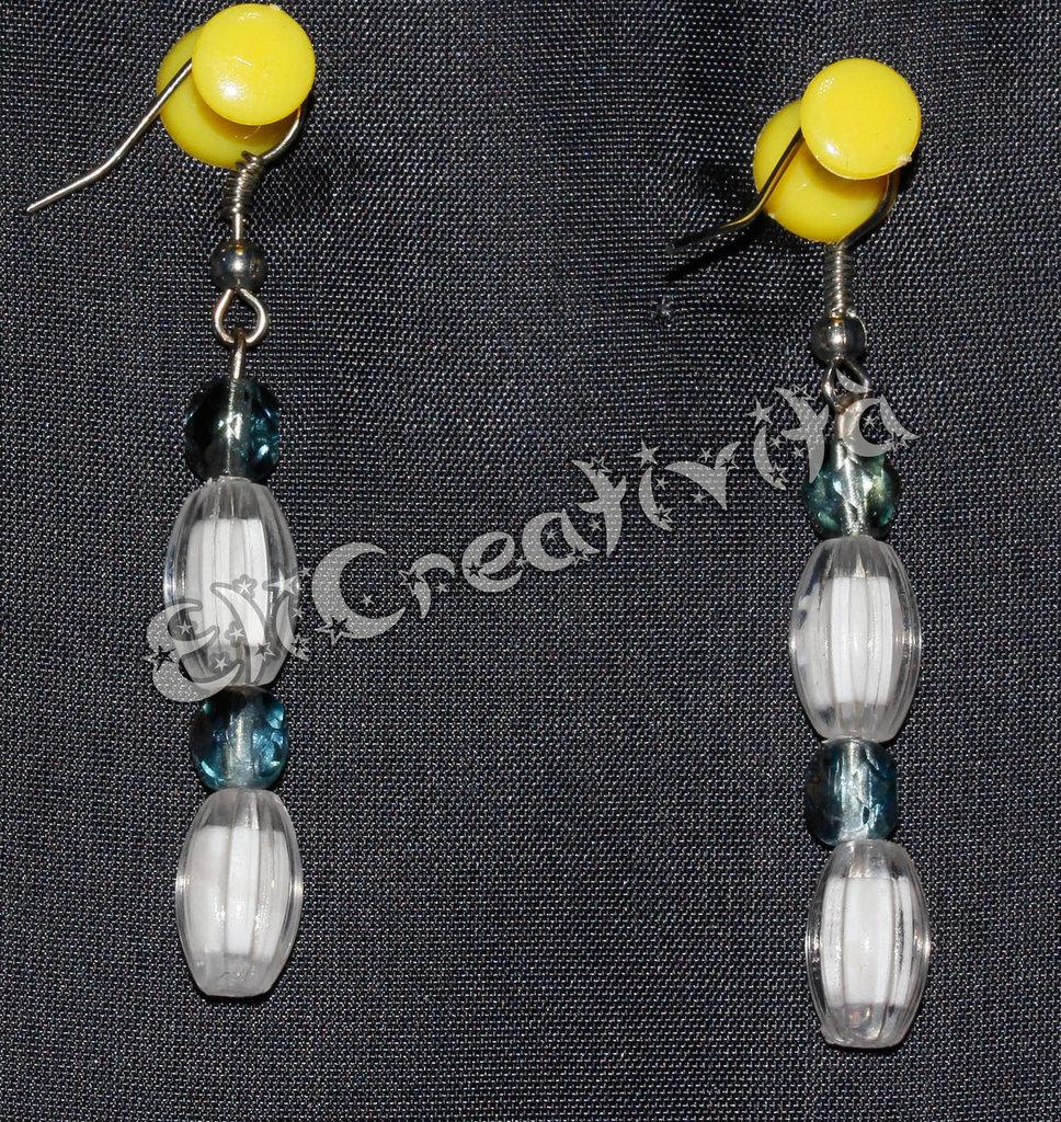 """Orecchini con perle bianche e blu """"Inverno"""""""