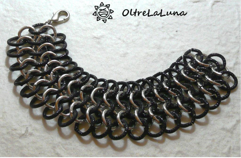Bracciale chainmail in maglia europea nero e acciaio