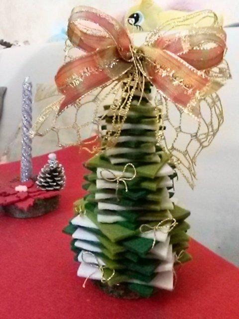 Alberello natalizio in feltro