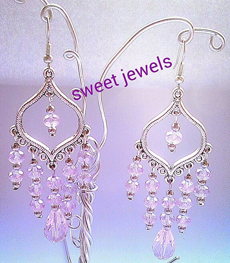 orecchini chandeliere cristalli lilla FATTI A MANO!
