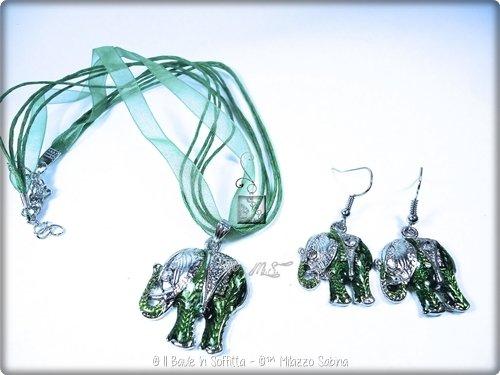 Coordinato collana con orecchini Elefante