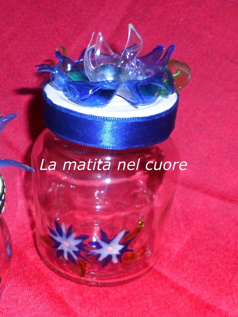 Vasetto vetro dipinto fiore plastica pet coperchio bordo blu