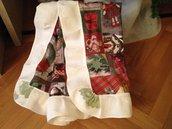 Tovaglia quadrata o centrotavola stampa natalizia rossa e beige