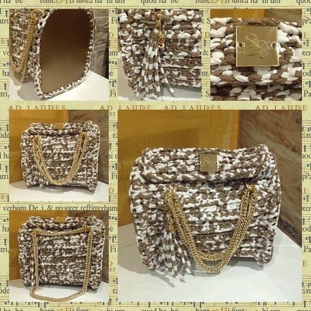 Bauletto Gold/White con manico in catena allungabile