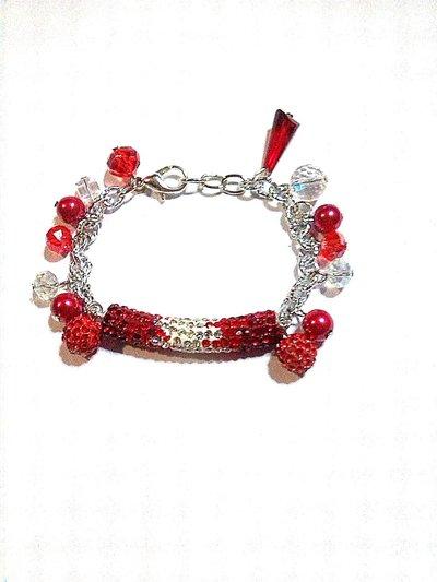 bracciale rosso con charms e cristalli FATTO A MANO!
