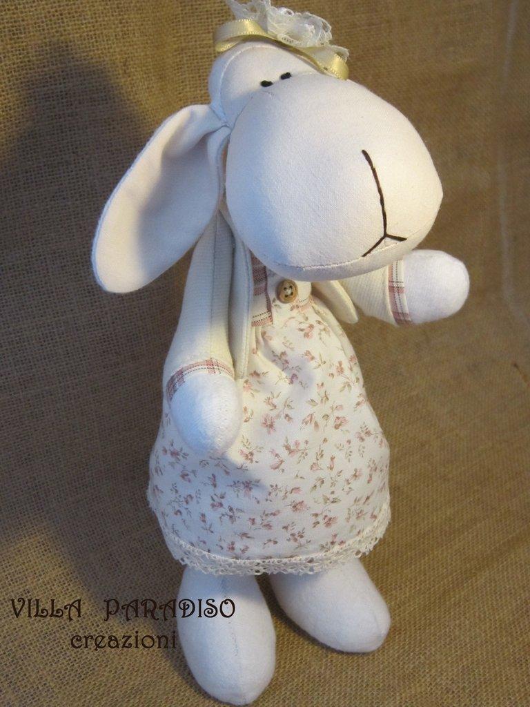 dolcissima pecorella in stoffa