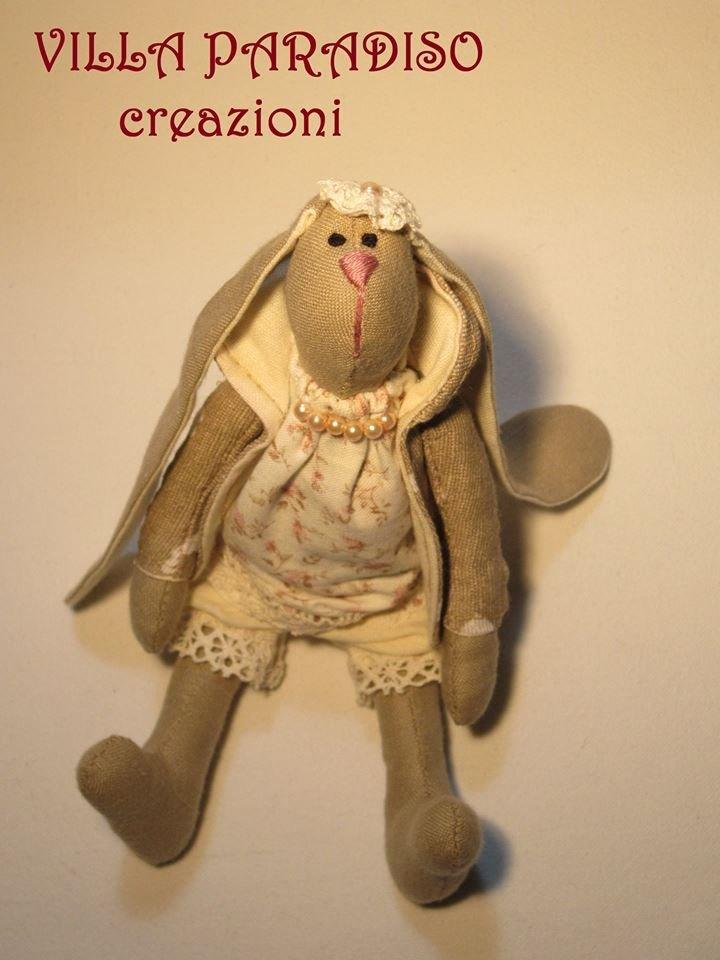 coniglietta in stoffa