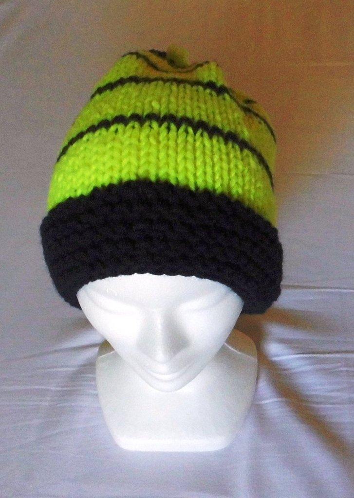 Adolescente fluorescente - cappello in lana con ponpon