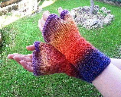Mezzi guanti arcobaleno