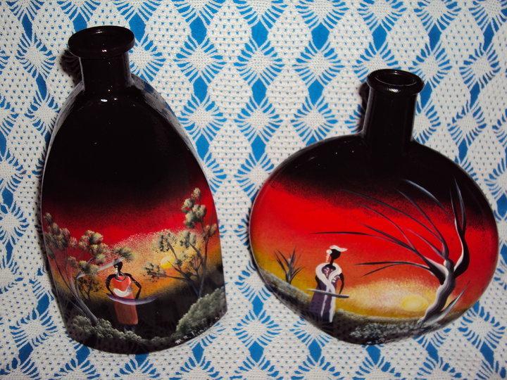 Bottiglie di vetro dipinte a mano per la casa e per te - Bottiglie vetro decorate ...