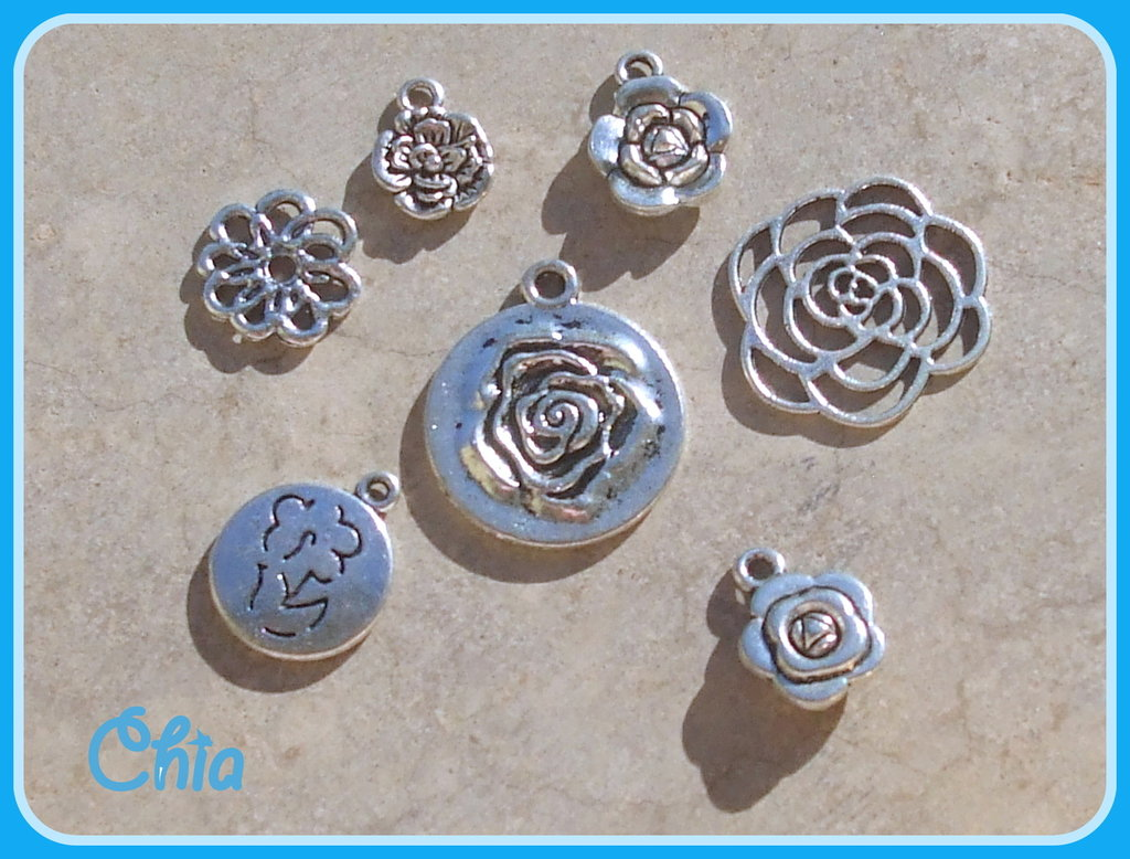 set 7 charms fiori-rose misti