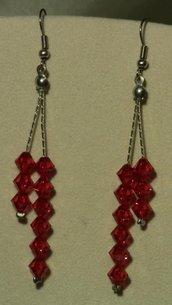 Orecchini pendenti Swarovski briolette color rosso