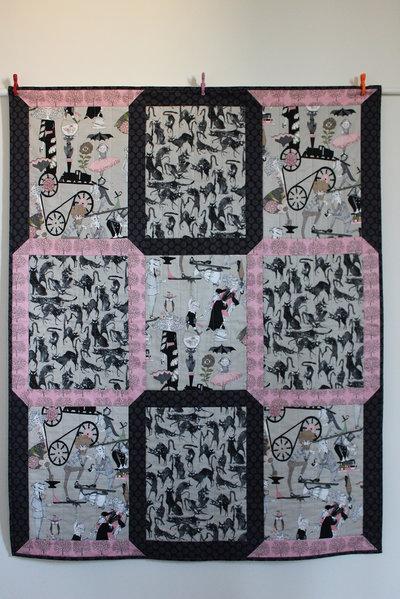 """Trapunta patchwork in cotone stile gotico cm 114x141 """"Gatti da brivido!"""""""
