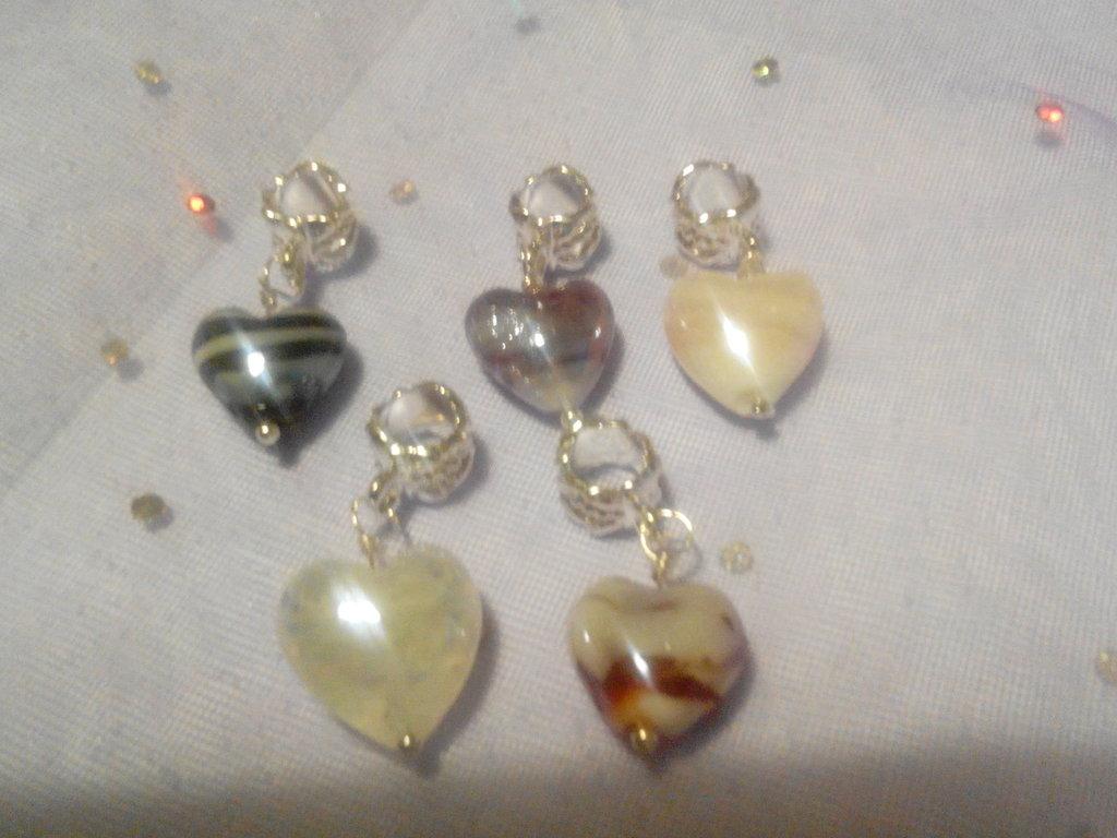 5 Ciondoli con cuore in vetro