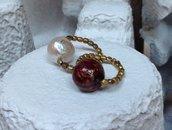Anelli in perline di ottone e pietre dure o perle di fiume