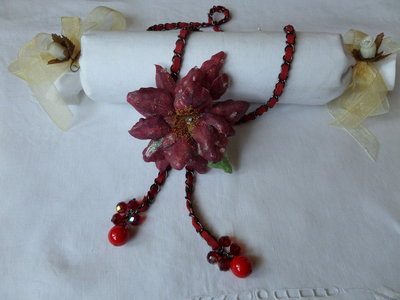 RED FLOWER STAR collana/spilla