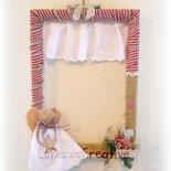 Cornice decorata a mano con stoffa - Angioletto alla finestra