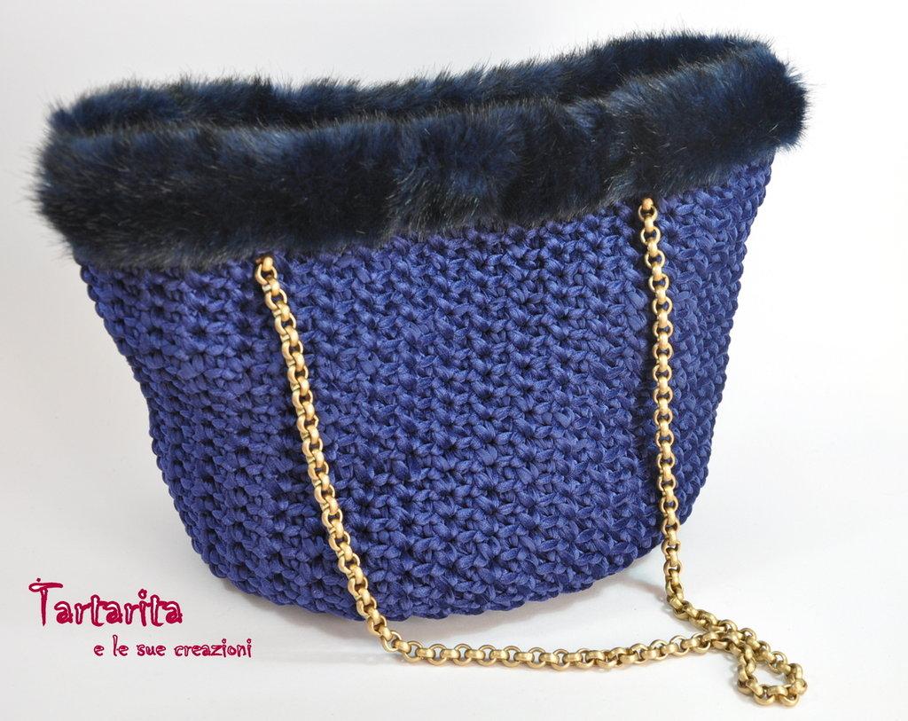 Borsa grande elegante blu di fettuccia vellutino