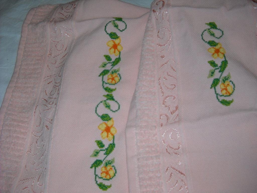 asciugamano in spugna di cotone ricamati a punto croce