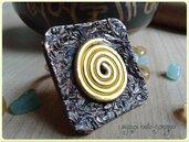Anello spirale d'oro