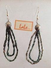 Orecchini in carta filata a mano, leggeri e trandy.  Earrings in paper hand-spun, lightweight and trendy.
