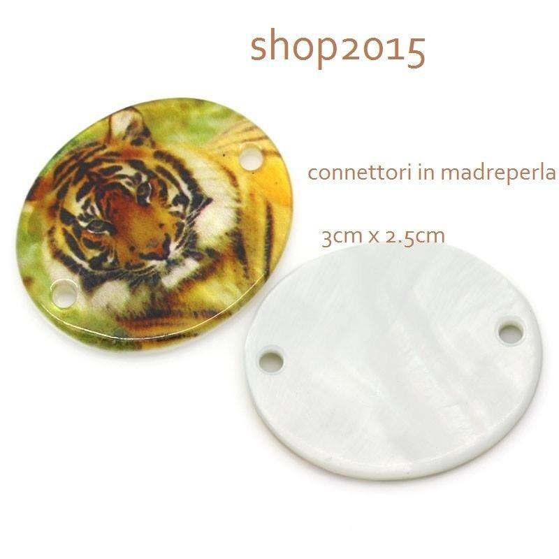 connettore , ciondolo in  madreperla con Tigre 3cm x 2.5cm