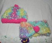 Scaldacollo e cappellino bambina pura lana con piuma