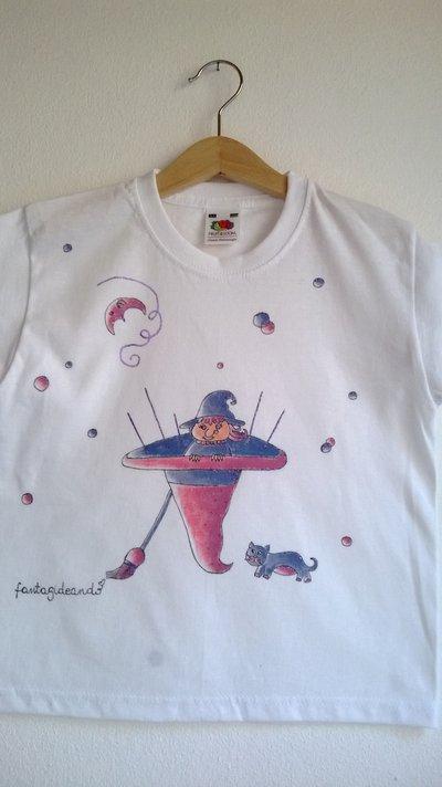 "t-shirt manica corta cotone ""stregoplà"" dipinta a mano"