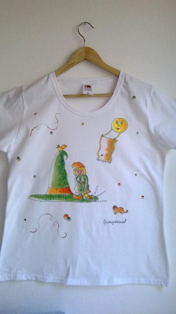 "t-shirt manica corta cotone ""STREGALINDA"" dipinta a mano"