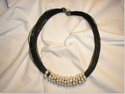 Cerchi di perle filo nero