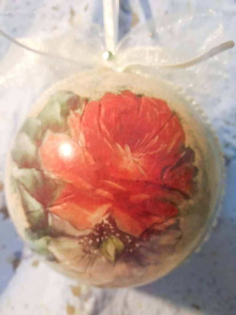Sfera Nataliza rosa