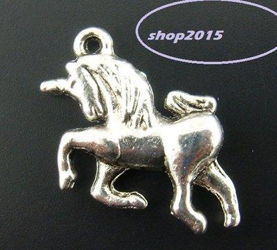 Charm Ciondolo  unicorno 3d Argento antico 23×16mm
