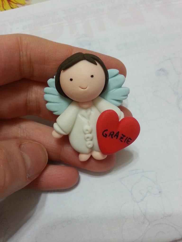 Inserzione riservata 50 bomboniere Angeli bianchi dottori infermieri