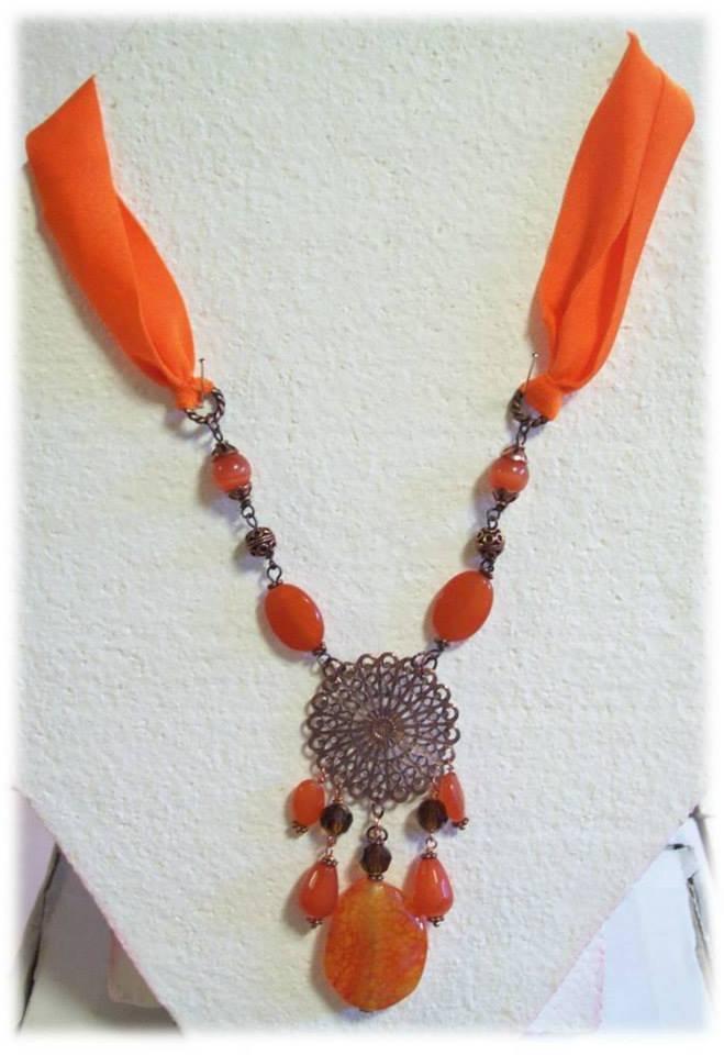 Collana girocollo con pietre arancioni gioielli collane di un su misshobby - Collane di design ...