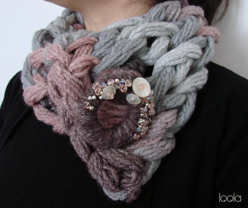 """Scaldacollo lavorato con """"arm knitting"""""""