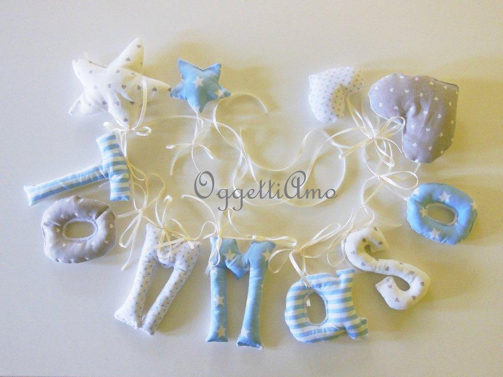 Tommaso: ghirlanda di lettere di stoffa imbottite azzurre, maiuscole e minuscole